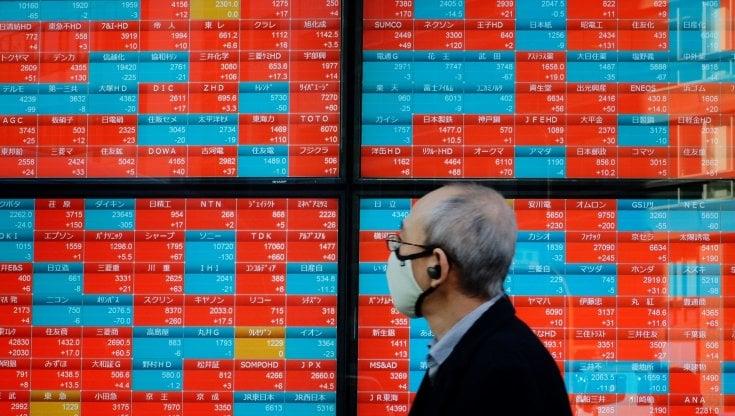 Borse europee e mondiali, paura per le nuove ondate covid