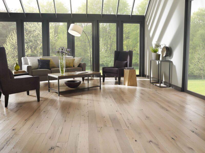 Pavimenti in legno grezzo: caratteristiche e peculiarità del parquet grezzo